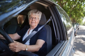 elderly_woman_driving_car[1]